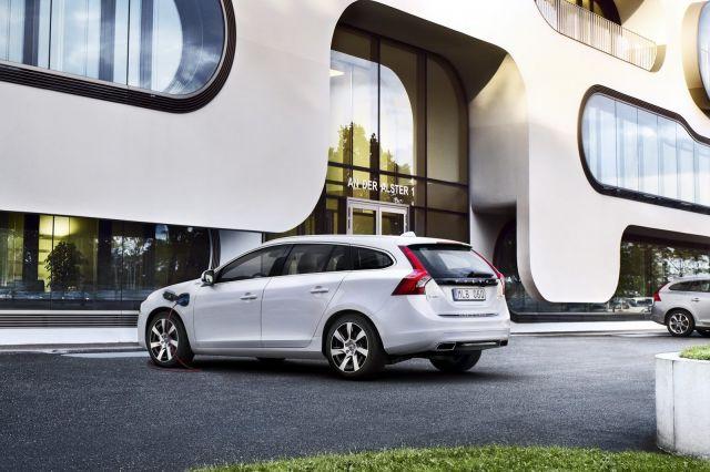 alb_53_05_2014-Volvo-S60-V60-XC60-22%5B2%5D.jpg